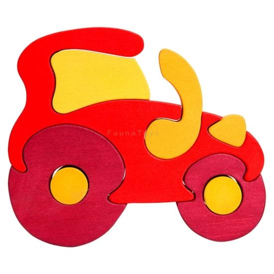 Traktor piros